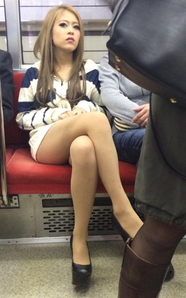 電車_ミニスカ_素人02