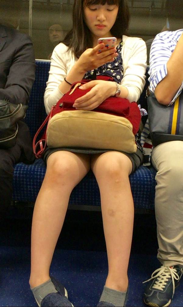 電車_ミニスカ_素人09