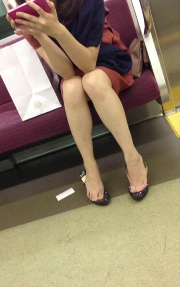 電車_ミニスカ_素人16