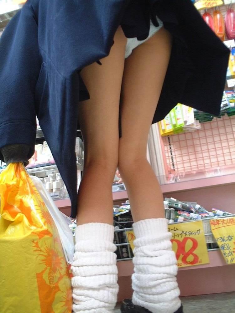JK_前屈み_パンチラ19