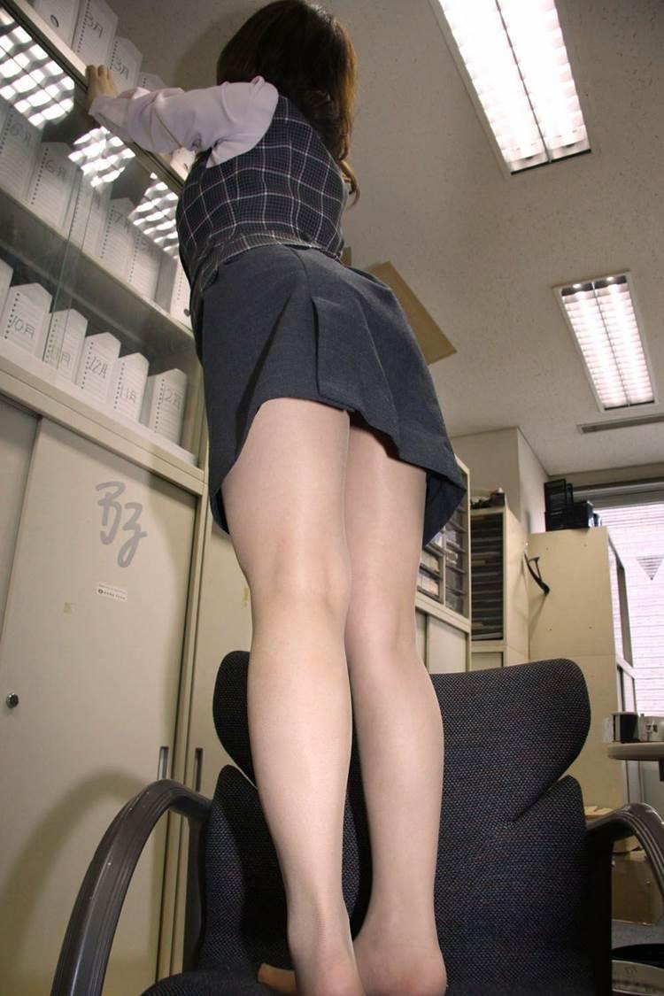 OL_タイトスカート_働く女04