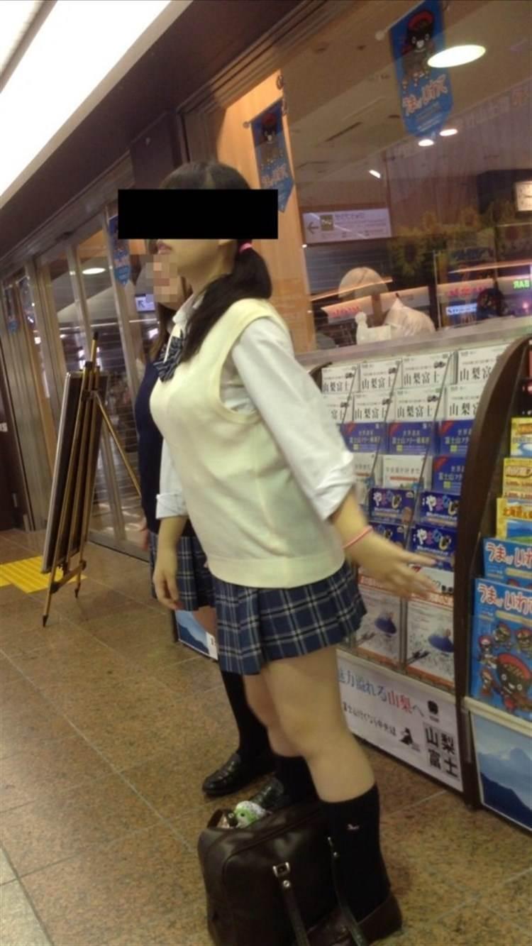 JK_制服_着衣巨乳13