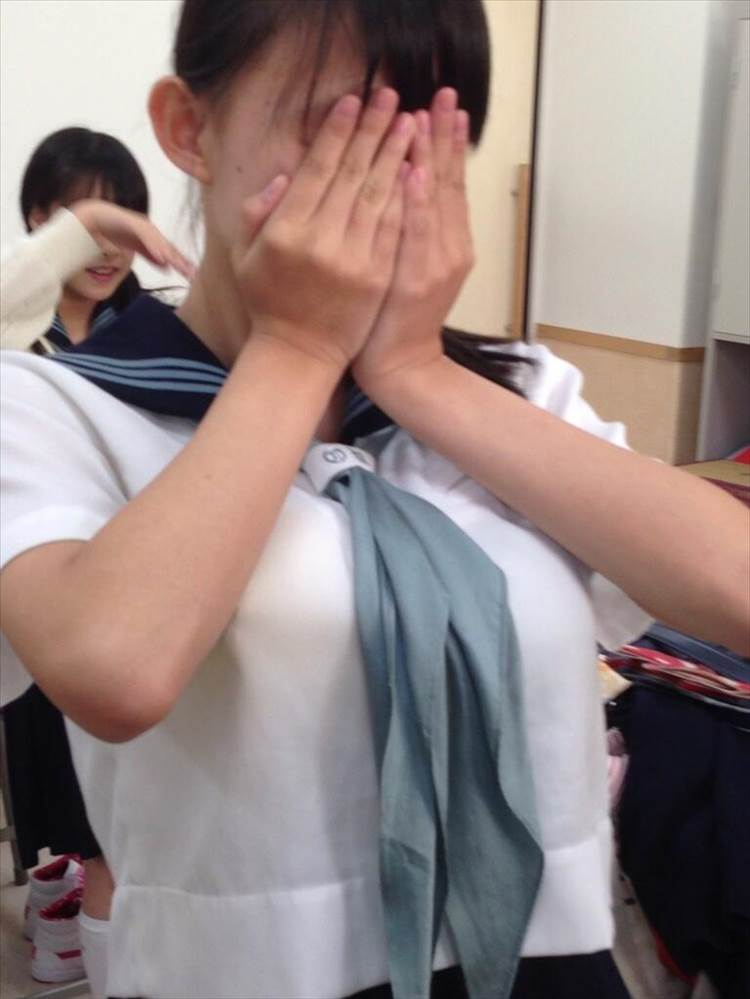 JK_制服_着衣巨乳19