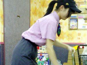 【働く女性エロ画像】マック店員の働く姿から淫らな淫行まで誰もが知ってるこの制服でコレは駄目だろww