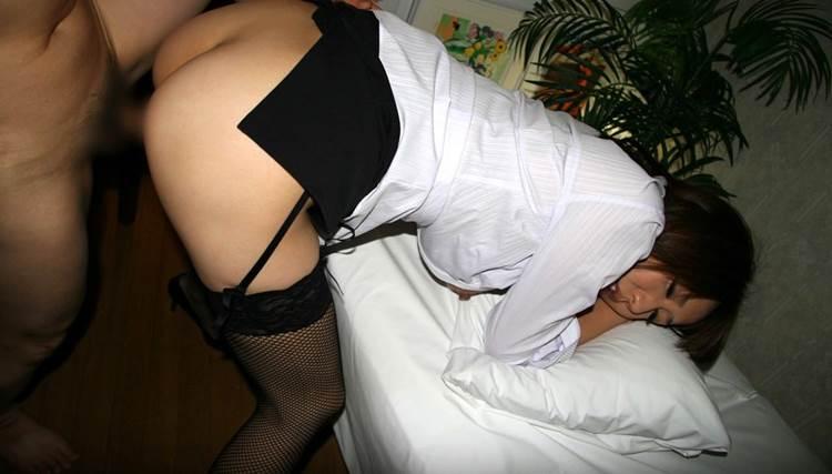 ガーターベルト_着衣セックス_エロ画像20