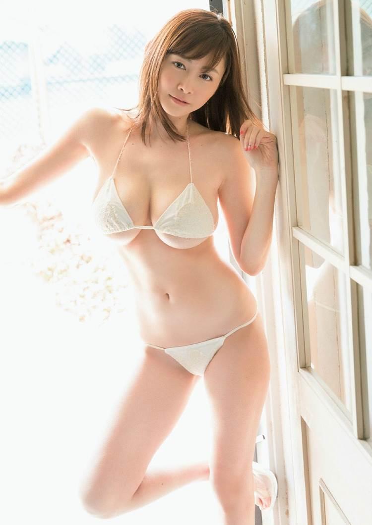 杉原杏璃_水着_ハミ乳11