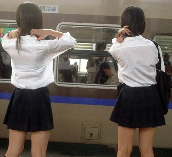 JK_透けブラ_街撮り盗撮15