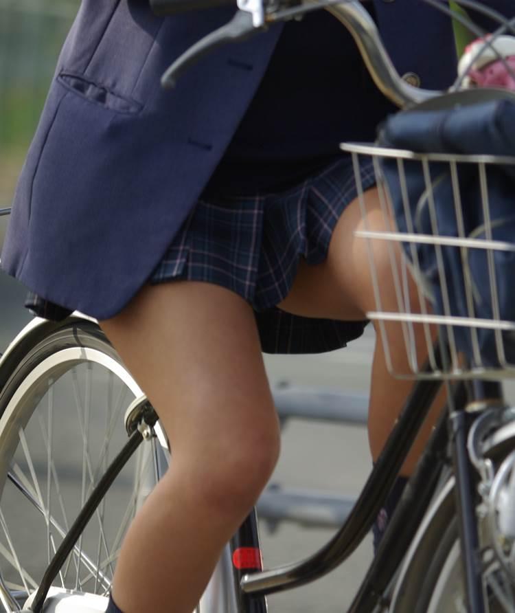 JK_自転車_太もも02