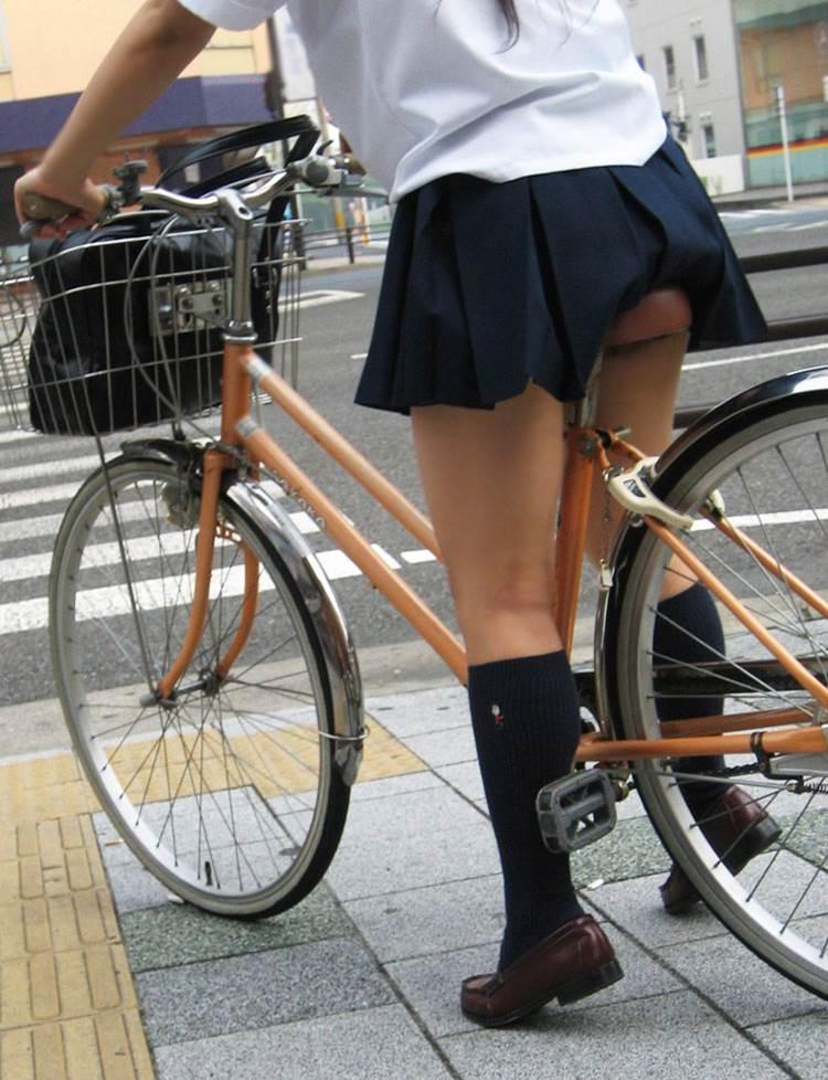JK_自転車_太もも04