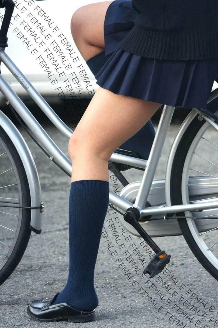 JK_自転車_太もも15