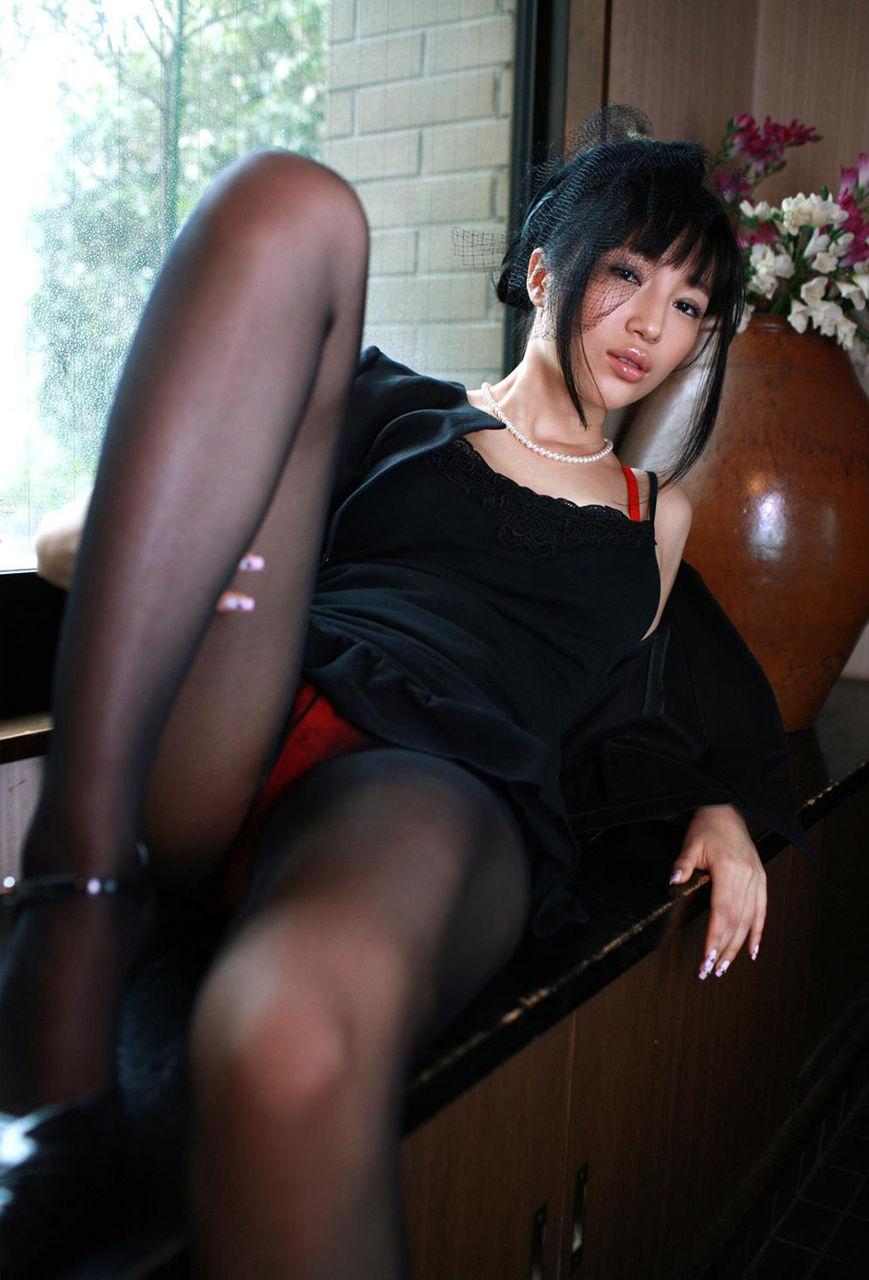 喪服熟女セックス画像無修正 ... 喪服_コスプレ_未亡人02 ...