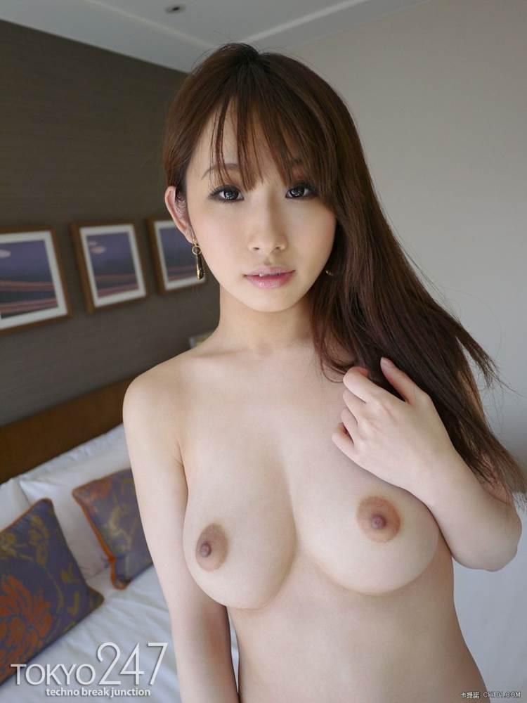 巨乳_ぷっくり乳輪_エロ画像07