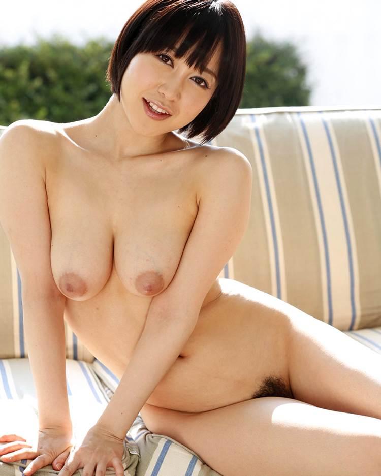 巨乳_ぷっくり乳輪_エロ画像18