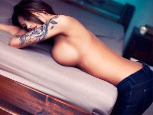 女性の入墨エロ画像