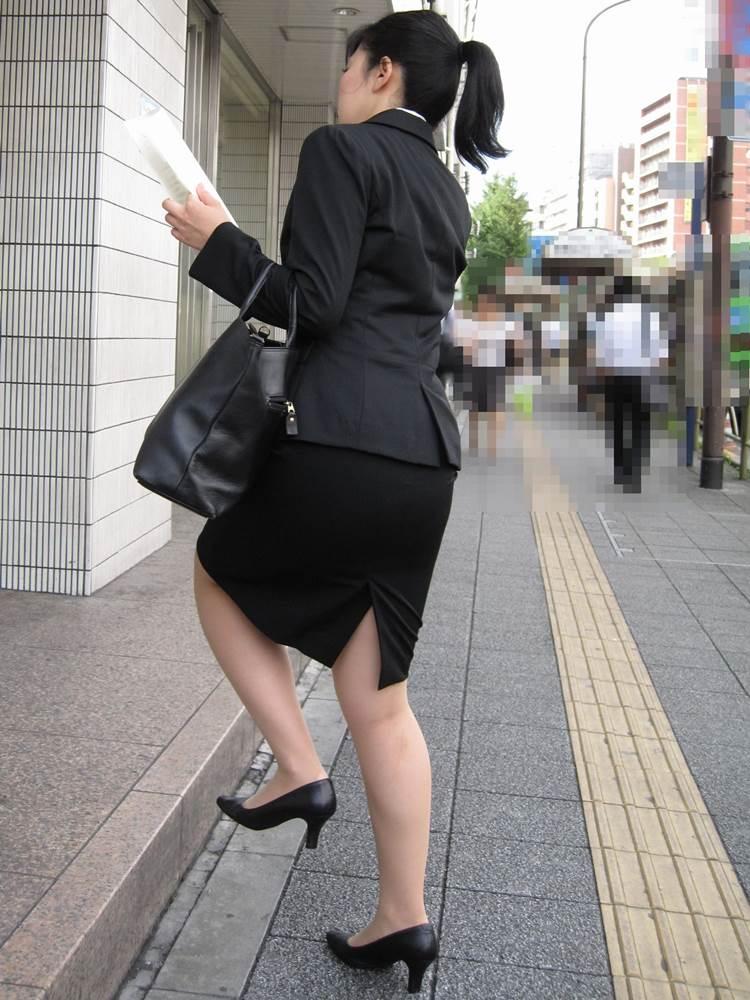 リクルートスーツ_女子大生_街撮り盗撮画像06