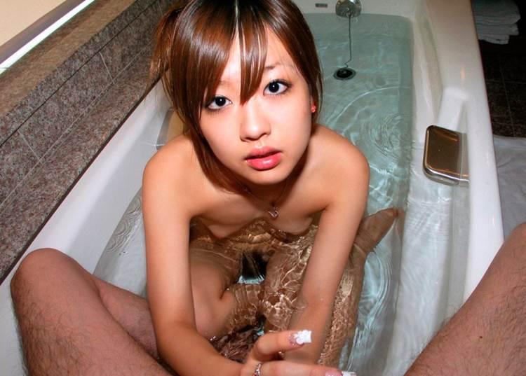 貧乳_手コキ_エロ画像12