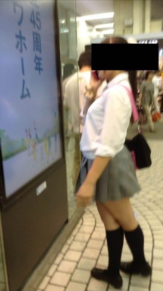 女子高生_着衣巨乳_制服街撮り画像07