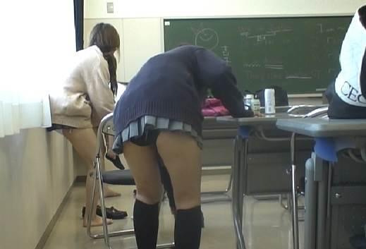 JK_教室_着替え盗撮10