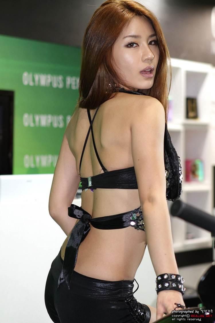 スタイル抜群_可愛い_キャンギャル画像01