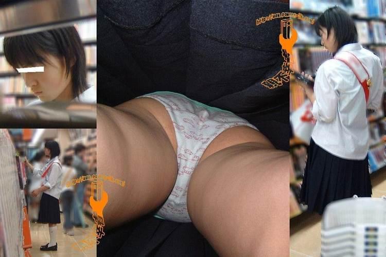 JK_逆さ撮り_綿パンツ_盗撮エロ画像14