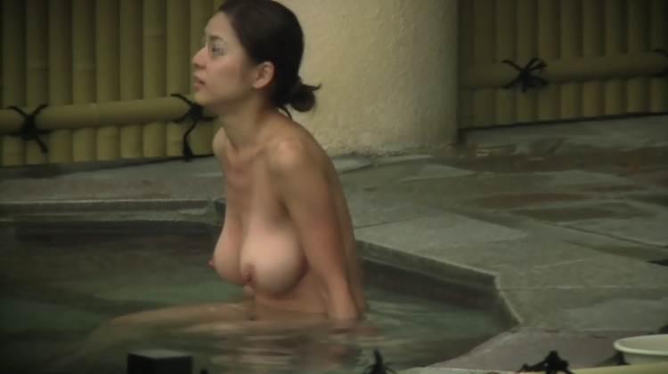 露天風呂_巨乳_盗撮エロ画像11