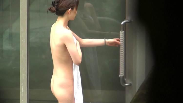 露天風呂_美尻_盗撮エロ画像18