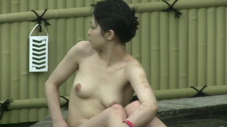 露天風呂_貧乳_盗撮エロ画像09