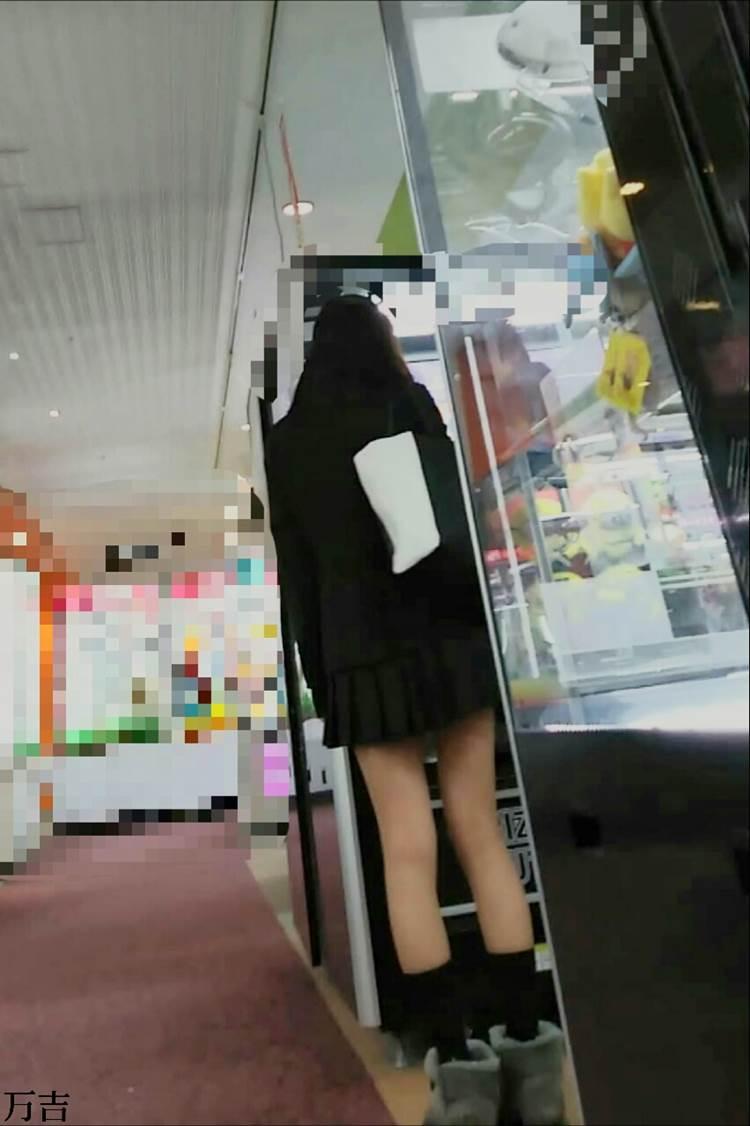 JK_エロい足_街撮り盗撮画像09