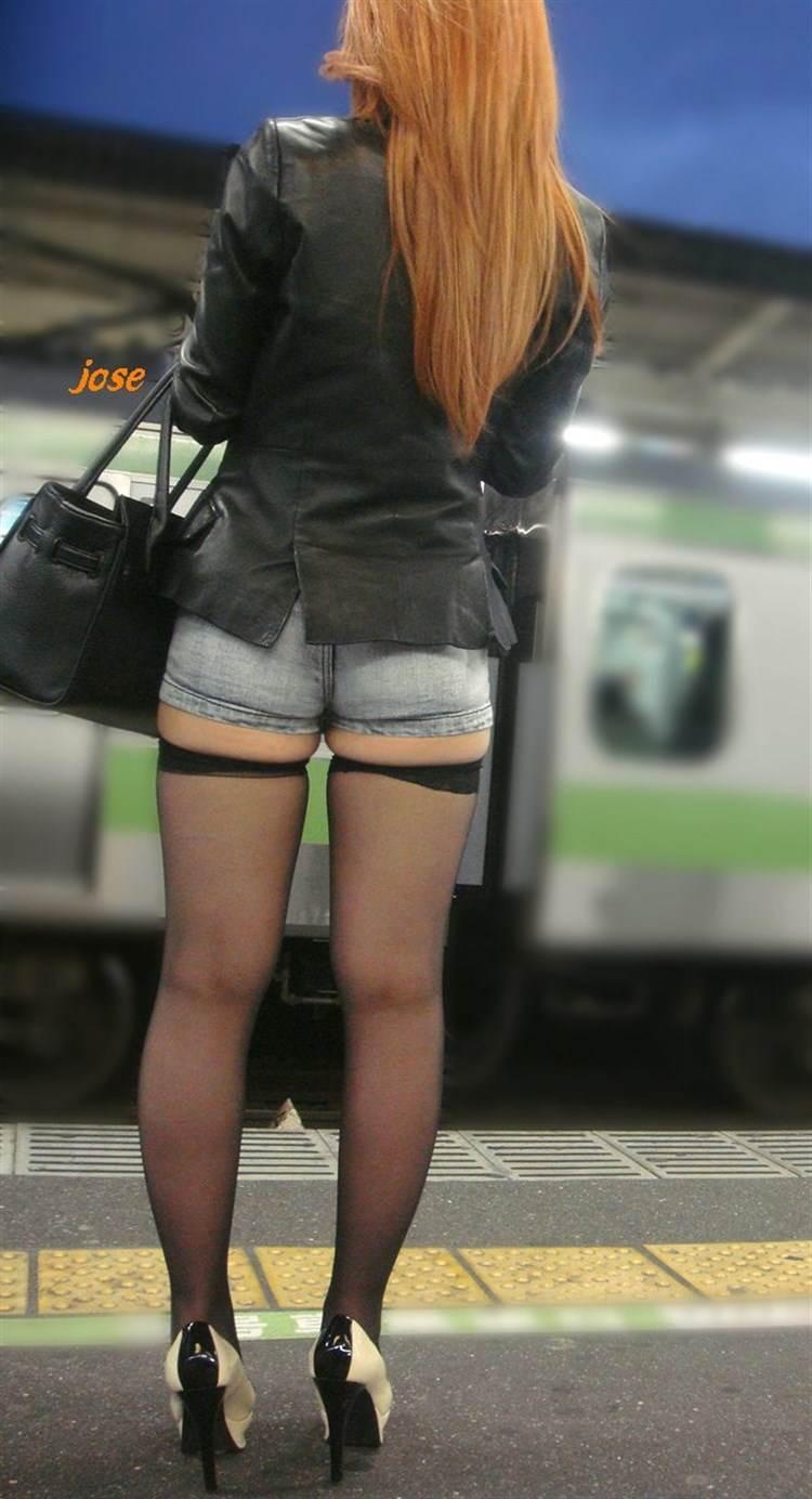 素人ギャル_私服がエロい_盗撮画像18