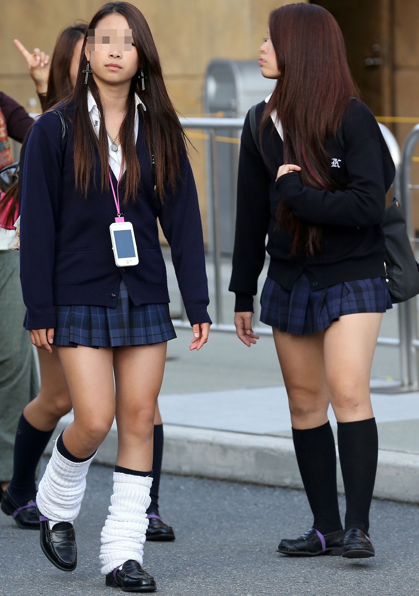 Candid Schoolgirl Upskirt