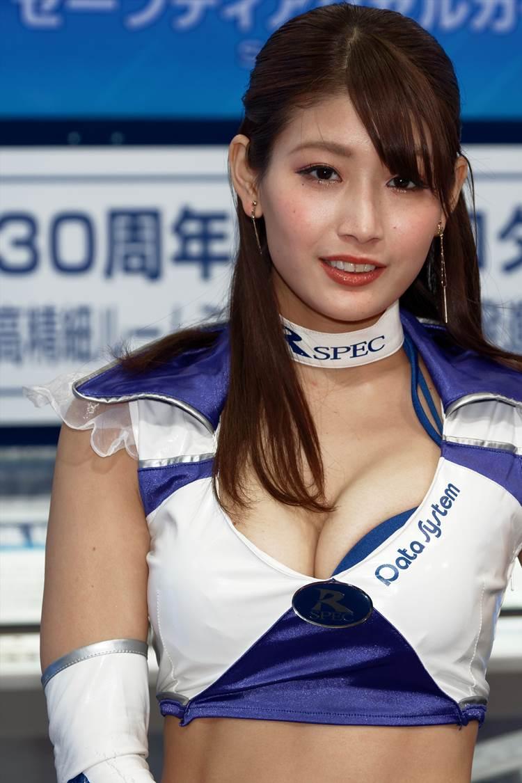 東京モーターショー2017_沢すみれ_コンパニオン_エロ画像19