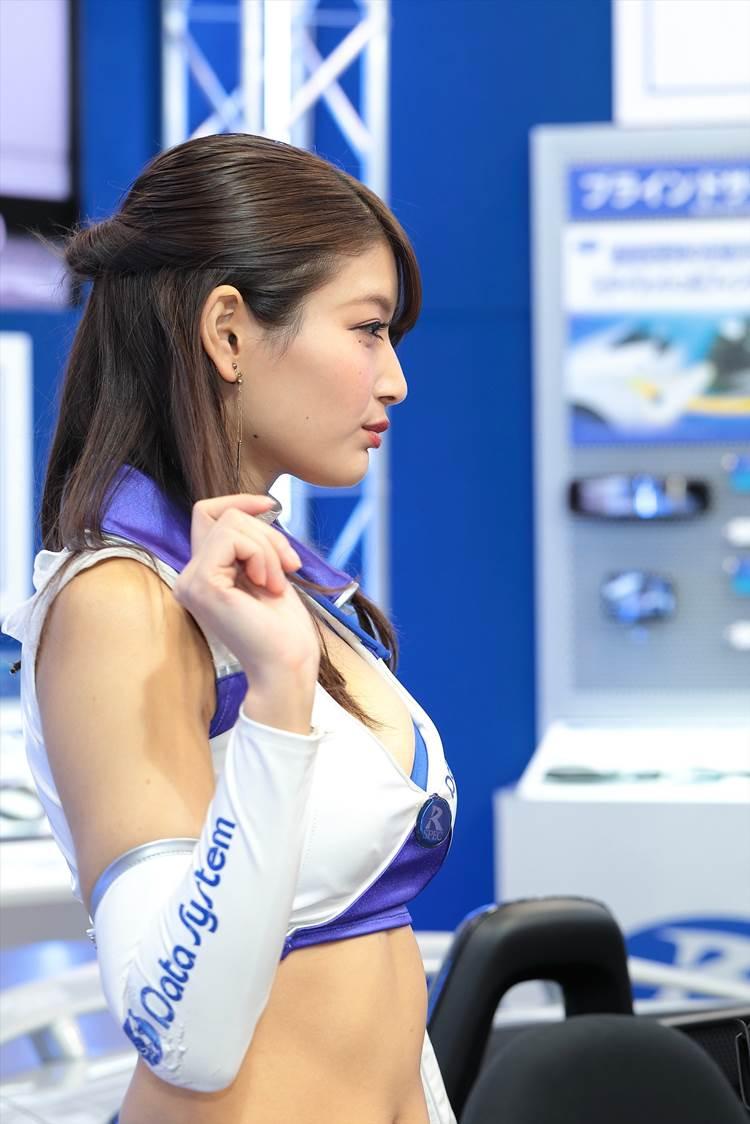 東京モーターショー2017_沢すみれ_コンパニオン_エロ画像29