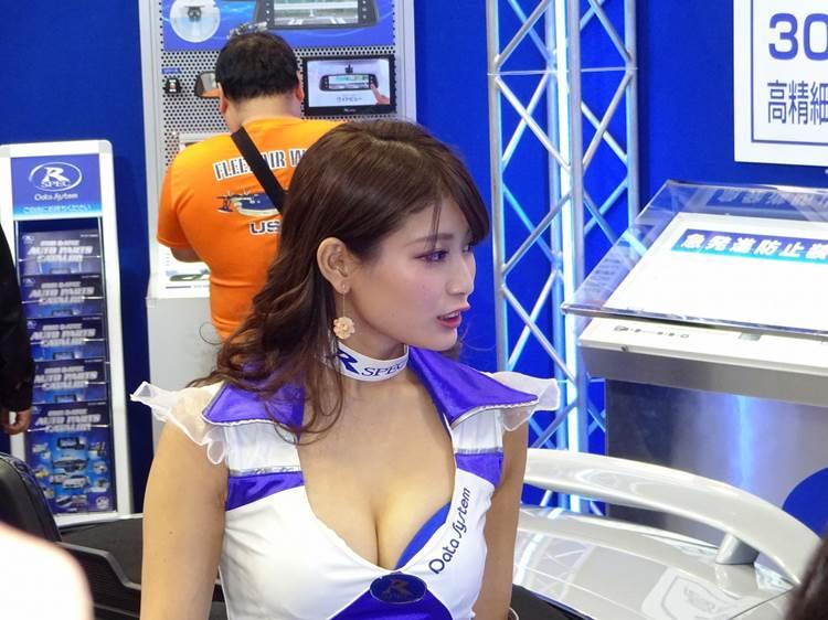 東京モーターショー2017_沢すみれ_コンパニオン_エロ画像40