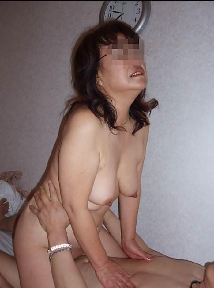 素人熟女_ハメ撮り_セックス_騎乗位エロ画像14