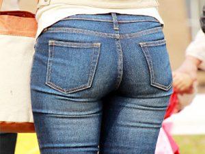 【Gパン街撮り盗撮エロ画像】大きなお尻とムチムチ太ももを強調したスキニージーンズ履いた素人たちww