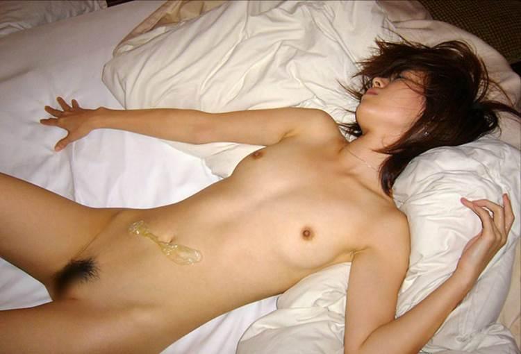 素人_事後_ハメ撮り_コンドーム_エロ画像09