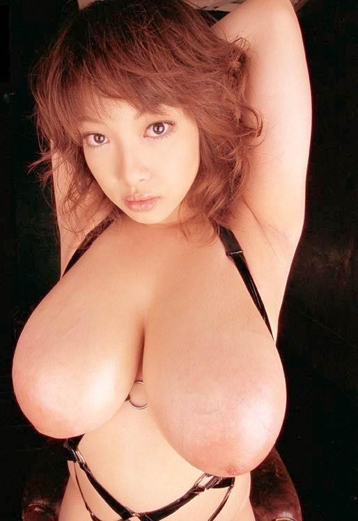 垂れ乳_巨乳_おっぱい_エロ画像09