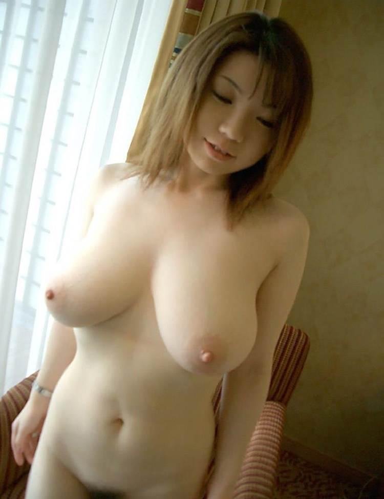 垂れ乳_巨乳_おっぱい_エロ画像15