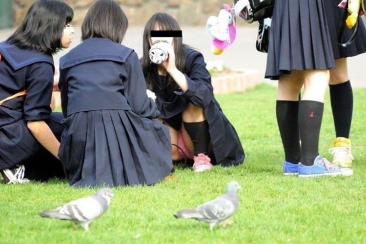 JK_パンチラ_盗撮_エロ画像16