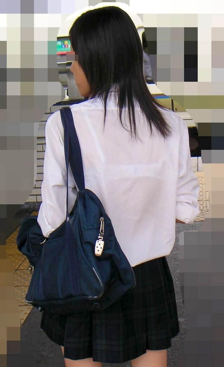 JK_白ブラジャー_透けブラ_盗撮_街撮り_エロ画像05