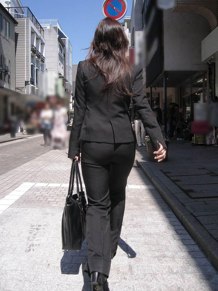素人_OL_黒パンツ_街撮り_盗撮_エロ画像14