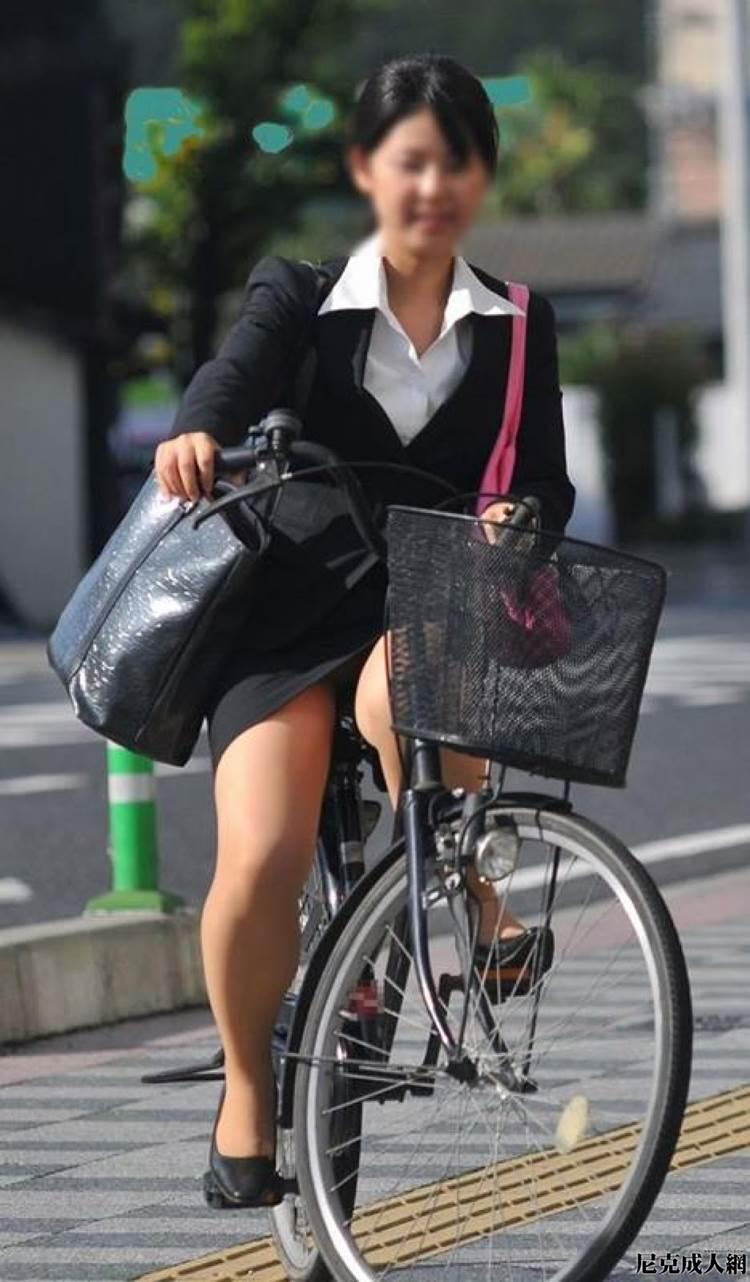 9月1日の豆知識 自転車 『三角乗り』って ...