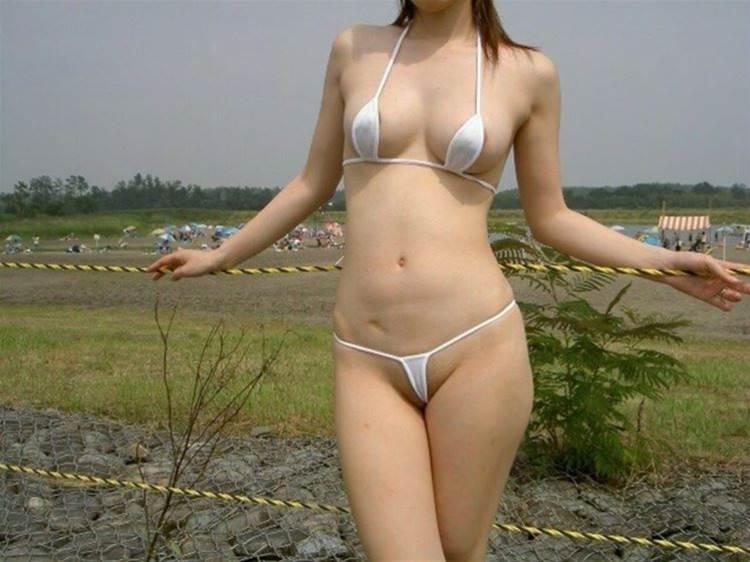 素人_マイクロビキニ水着_極小_エロ画像08