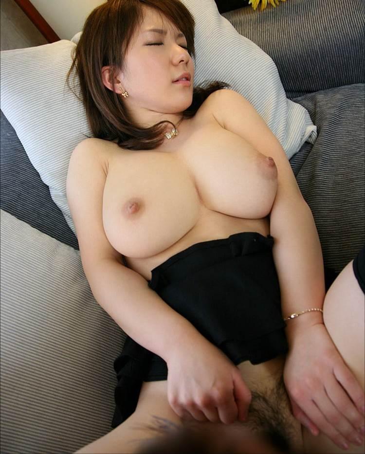 爆乳_おっぱい_セックス_エロ画像03