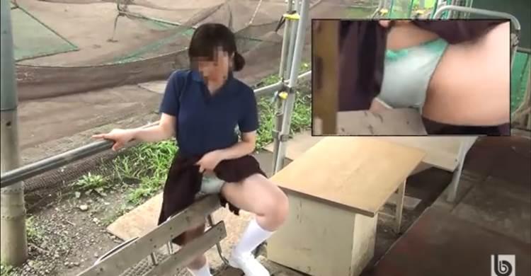 JK_野外_オナニー_盗撮_エロ画像08