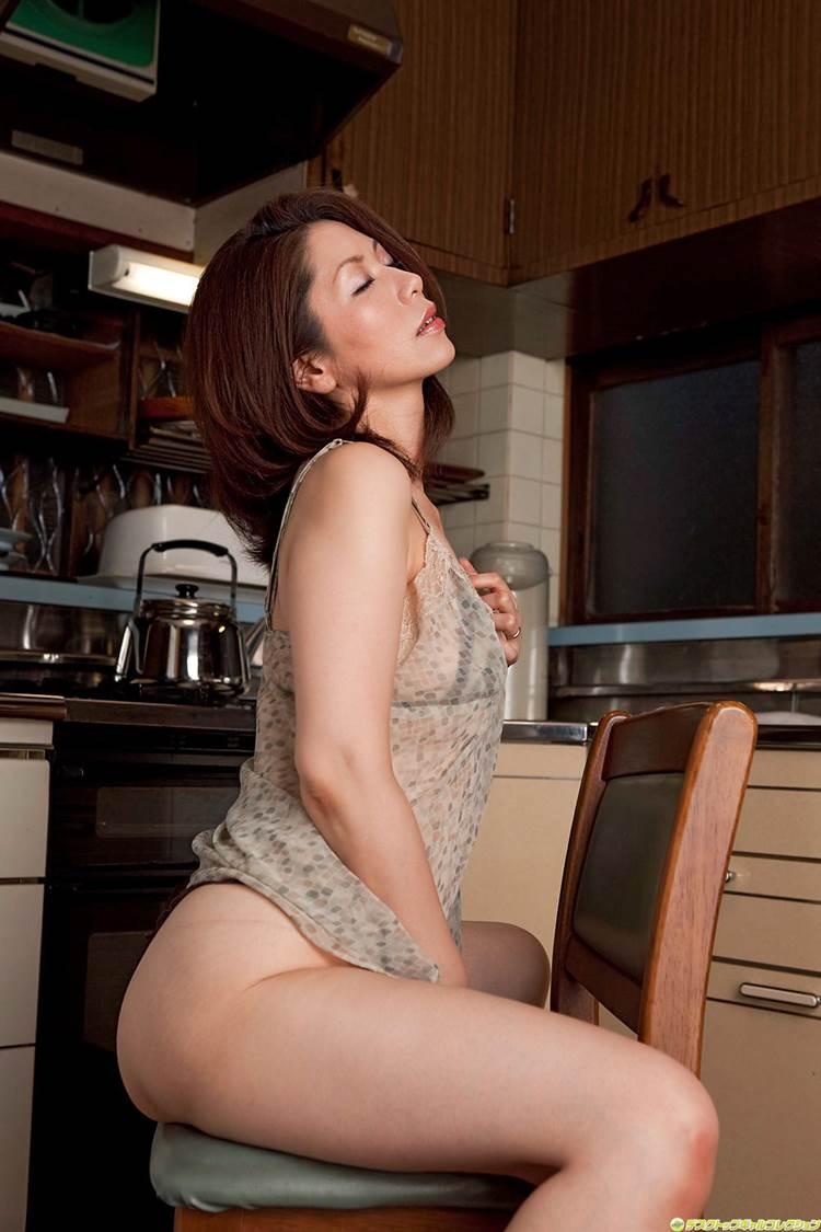 熟女_指オナニー_エロ画像09