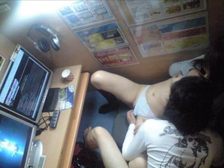 ネカフェ_カップル_セックス_盗撮_エロ画像06