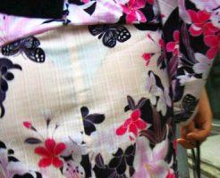 【浴衣透けパン盗撮エロ画像】夏祭りの風物詩…薄素材の華浴衣を着た素人ギャルたちを透けた下着を街撮りww