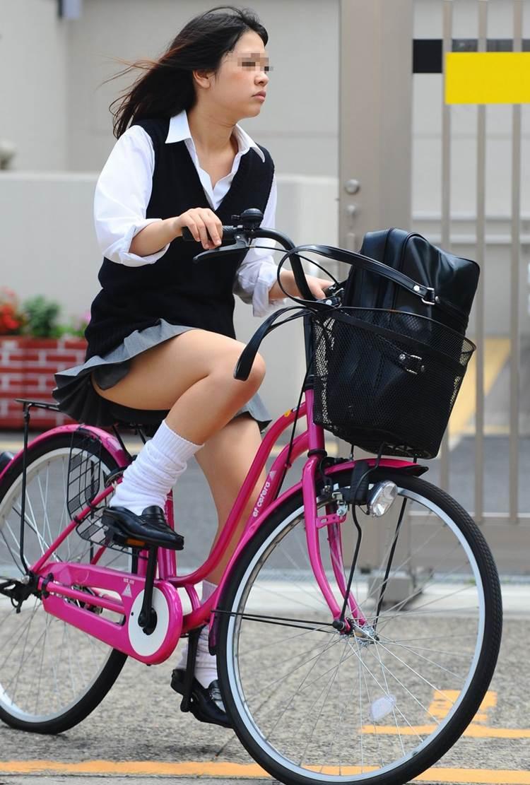JK_自転車_街撮り_盗撮_エロ画像02