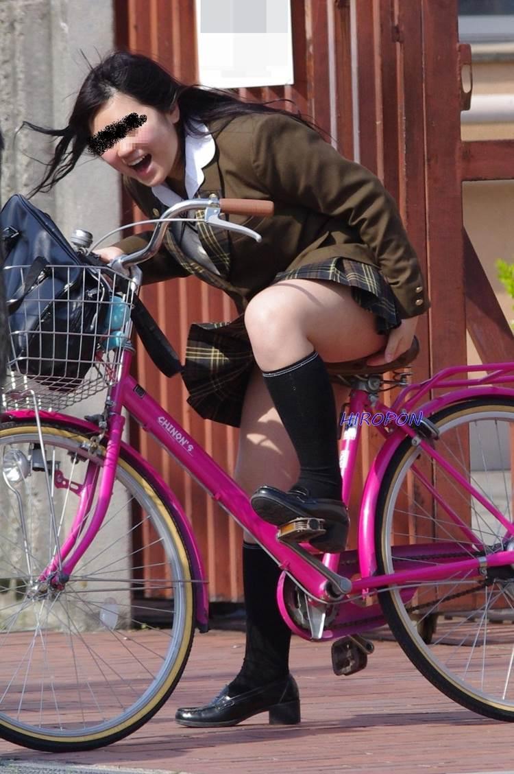JK_自転車_街撮り_盗撮_エロ画像09